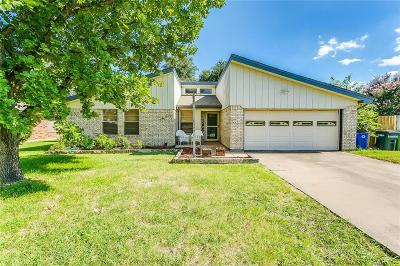 North Richland Hills Single Family Home For Sale: 8204 Ulster Drive