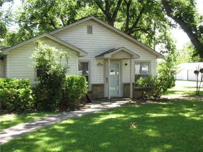 Comanche Single Family Home For Sale: 1210 E Central Avenue