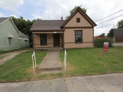 Fort Worth Single Family Home For Sale: 1000 E Hattie Street