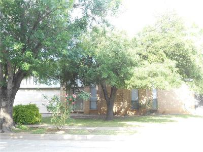 Bedford Single Family Home For Sale: 3012 Pilgrim Place