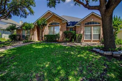 Dallas County, Denton County, Collin County, Cooke County, Grayson County, Jack County, Johnson County, Palo Pinto County, Parker County, Tarrant County, Wise County Single Family Home For Sale: 3839 Walden Way