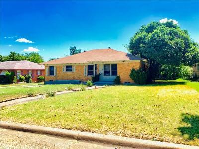 Dallas Single Family Home For Sale: 847 Glen Arbor Drive