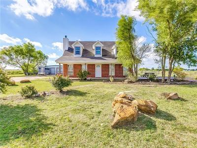 Venus Single Family Home For Sale: 330 N Armstrong Road