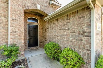 Tarrant County Single Family Home For Sale: 12336 Angel Food Lane