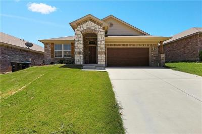 Tarrant County Single Family Home For Sale: 10137 Blue Bell Drive