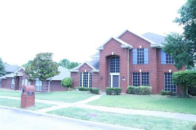 Garland Single Family Home For Sale: 2230 Lone Pecan Drive