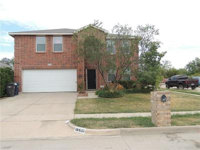 Fort Worth Single Family Home For Sale: 16400 Red River Lane