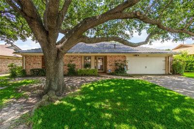 North Richland Hills Single Family Home For Sale: 5725 Acapulco Drive