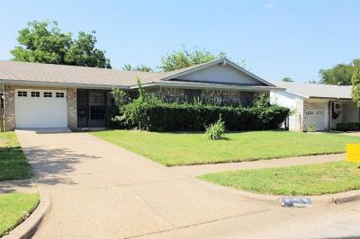 Dallas Single Family Home For Sale: 3719 Softcloud Drive