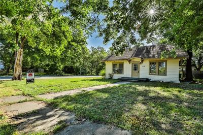 Cooke County Single Family Home For Sale: 432 N Denton Street
