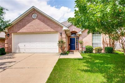 Fort Worth Single Family Home For Sale: 4713 Carolina Trace Trail