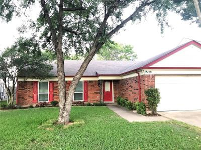 Garland Single Family Home For Sale: 2030 Country Oaks Drive