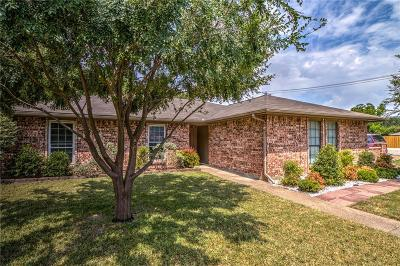 Rowlett Single Family Home For Sale: 2613 Baylor Drive