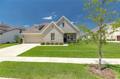 Aledo Single Family Home For Sale: 305 Parkview Drive
