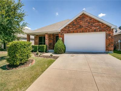McKinney Single Family Home For Sale: 9709 Mystic Dunes Drive