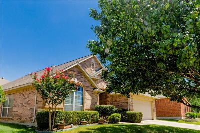 Fort Worth Single Family Home For Sale: 10441 Stoneside Trail