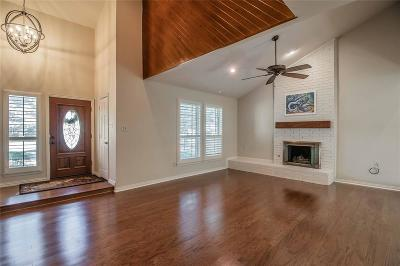 Grapevine Single Family Home For Sale: 2712 Creekwood Drive