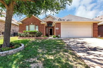 Fort Worth Single Family Home For Sale: 6204 Reddenson Drive