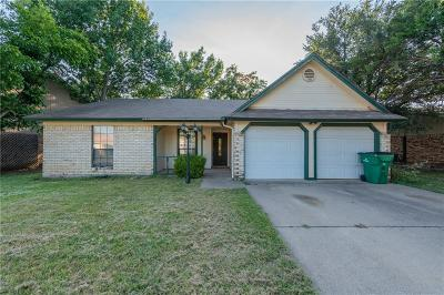 Watauga Single Family Home For Sale: 8037 Berrybrook Drive