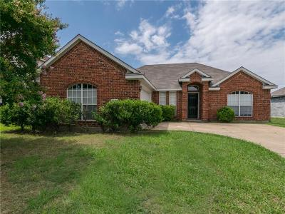 Sachse Single Family Home For Sale: 3112 Creekside Drive