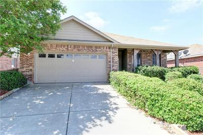 Fort Worth Single Family Home For Sale: 1093 Grand National Boulevard