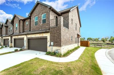 Sachse Townhouse For Sale: 2404 Acorn Court