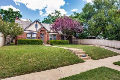 Arlington Heights Single Family Home For Sale: 5004 Pershing Avenue