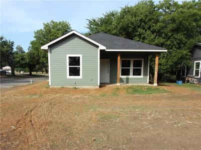 Cleburne Single Family Home For Sale: 1101 Baird