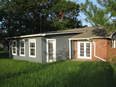 Edgewood TX Single Family Home For Sale: $127,000