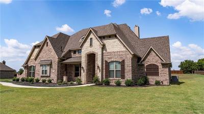 Waxahachie Single Family Home For Sale: 611 Davenport Drive