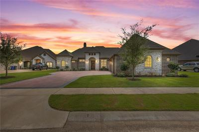 Parker County, Tarrant County, Hood County, Wise County Single Family Home For Sale: 1206 Sunset Bay Court