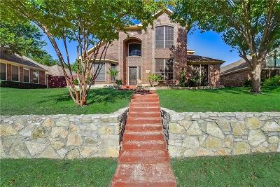 Desoto Single Family Home Active Option Contract: 1020 Canyon Ridge Drive