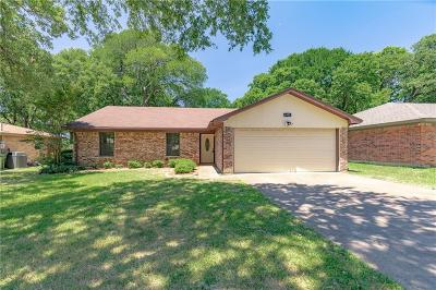 North Richland Hills Residential Lease For Lease: 6929 Briardale Drive