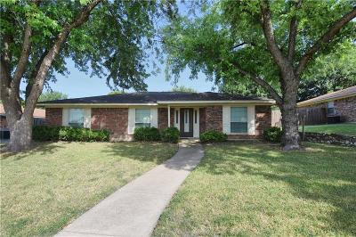 Benbrook Single Family Home For Sale: 9804 Westpark Drive
