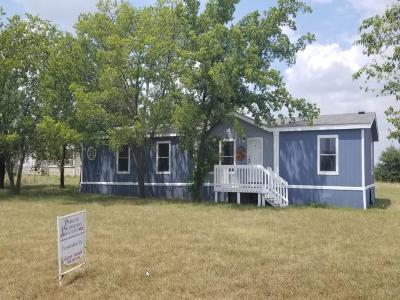 Archer County, Baylor County, Clay County, Jack County, Throckmorton County, Wichita County, Wise County Single Family Home For Sale: 423 Latham Lane