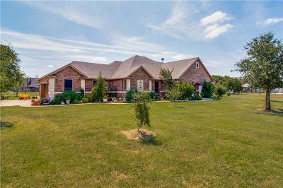 Sanger Single Family Home For Sale: 2210 Autumn Breeze Drive