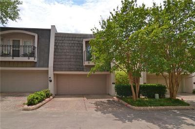 Townhouse For Sale: 4146 Woodcreek Drive