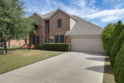 Fort Worth Single Family Home For Sale: 1105 Horn Toad Drive