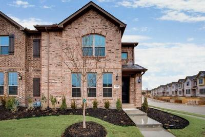 Euless Townhouse For Sale: 920 Estelle Drive