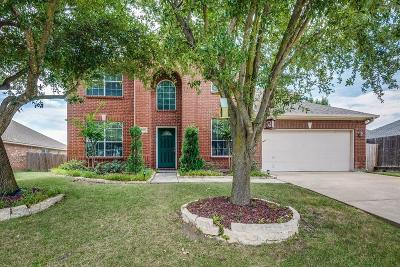 Mansfield Single Family Home For Sale: 3213 Bloomfield Trail