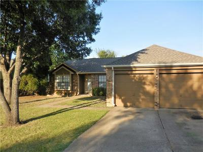 Flower Mound Single Family Home For Sale: 5408 Carriage Court