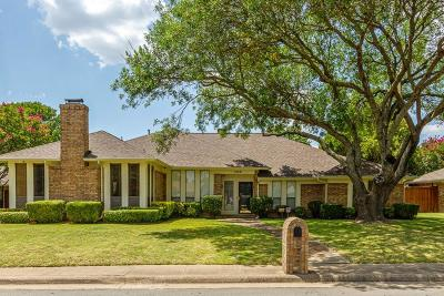 Desoto Single Family Home For Sale: 1429 Thunderbrook Drive