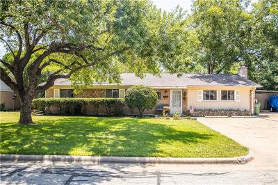 North Richland Hills Single Family Home For Sale: 7708 Noreast Drive