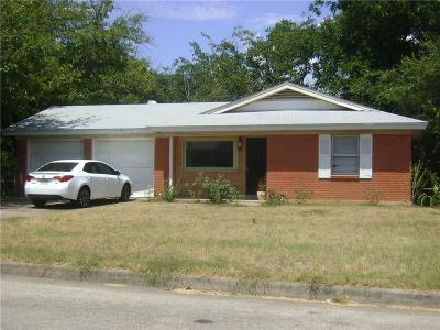 White Settlement Single Family Home For Sale: 8820 Easley Street