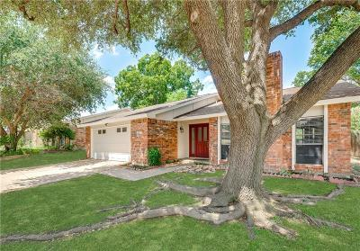 Bedford Single Family Home For Sale: 613 Spring Forest Drive