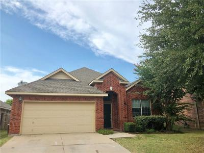 Mansfield Single Family Home For Sale: 4405 Emerald Leaf Drive