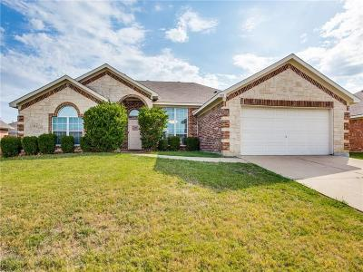 Burleson Single Family Home For Sale: 525 Jeffdale Drive