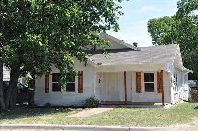Stephenville Single Family Home Active Option Contract: 239 N Clinton Street