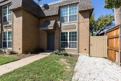 Grapevine Residential Lease For Lease: 411 S Dooley Street #103