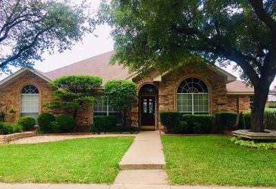 Cedar Hill Single Family Home For Sale: 1411 Hamilton Drive